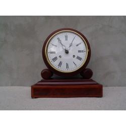 Zegar kominkowy HERMLE