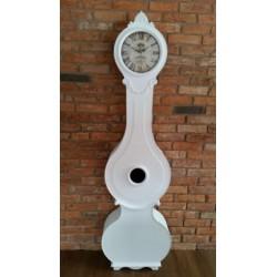 Piękny biały zegar